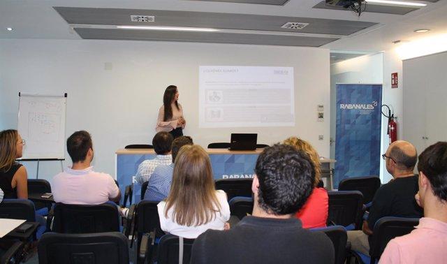 Sesión de networking en Rabanales 21