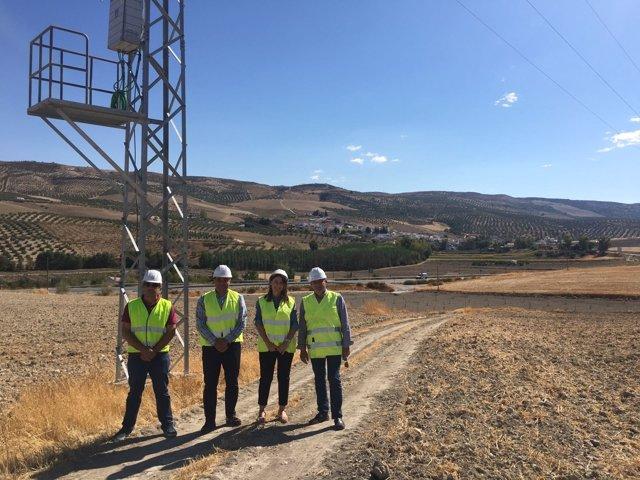 Visita de Endesa para conocer las mejoras del suministro eléctrico