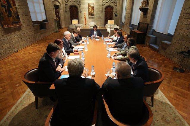 Fwd: El President De La Generalitat, Carles Puigdemont, S'Ha Reunit Amb La Comis