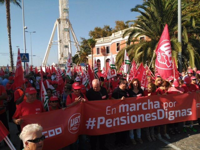 Ccoo ugt andalucía málaga marcha pensiones dignas puerto