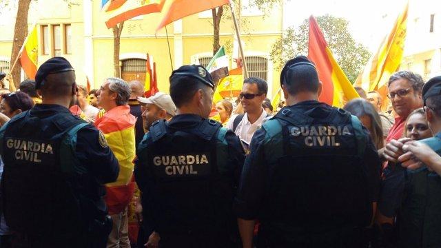 La Guardia Civil en la manifestación de Cataluña