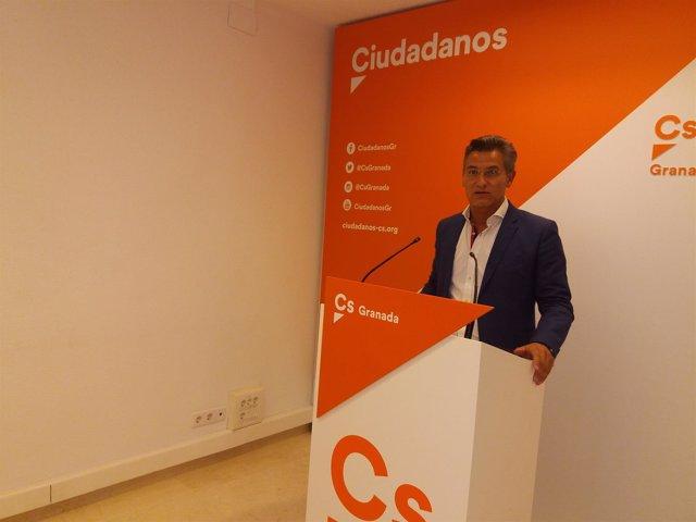 El portavoz de Ciudadanos en Granada, Luis Salvador