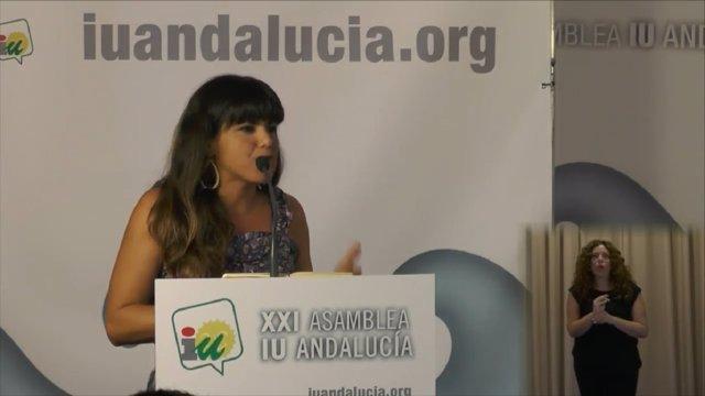 Teresa Rodríguez en la Asamblea de IULV-CA