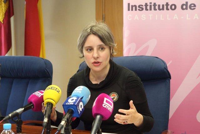 La directora del Instituto de la Mujer