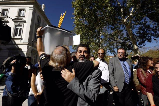 El presidente de la ANC, Jordi Sànchez, tras declarar en la Audiencia Nacional