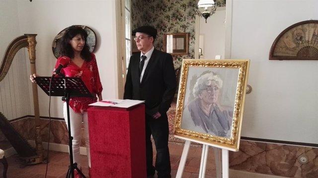 Valladolid: Redondo, y el autor del cuadro  junto al retrato