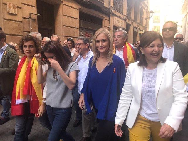 Cristina Cifuentes en la manifestación en Barcelona