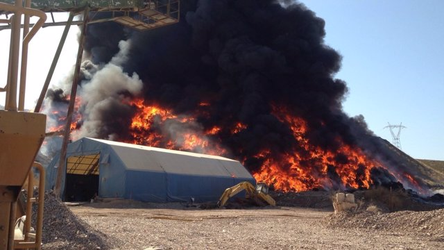 Incendio en una nave de reciclaje de Córdoba