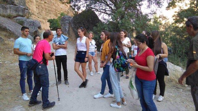 Universitarios conocen la provincia con el Patronato de Turismo