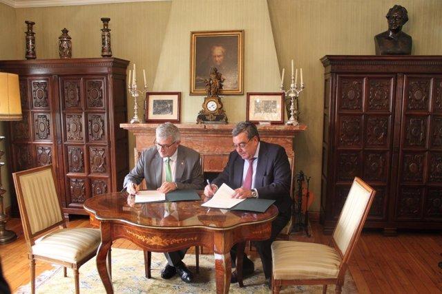 Convenio entre la  Universidad de Oviedo y la Fundación Ramón Areces