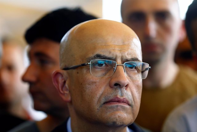 El diputado opositor turco Enis Berberoglu