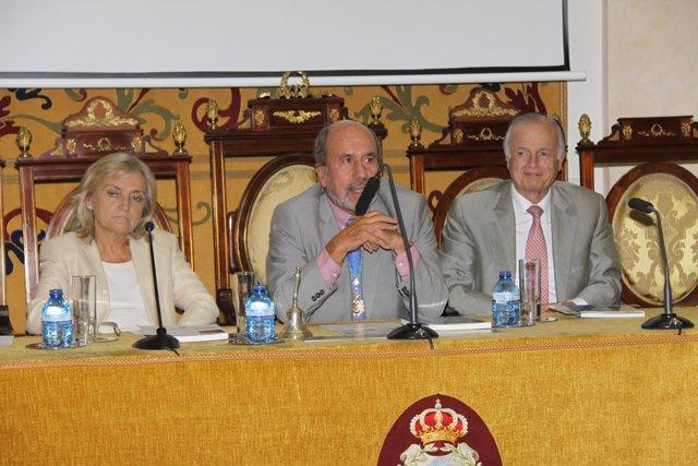 Presentación del libro Las Medicinas de la Historia Española en América
