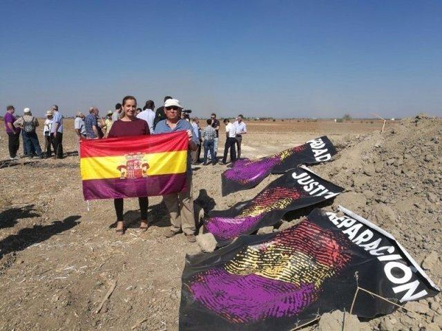 Comienza la búsqueda de las víctimas en Fuentes de Andalucía.