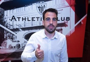 Beñat renova amb l'Athletic Club fins al 2020 amb una clàusula de rescissió de 50 milions d'euros (ATHLETIC CLUB)
