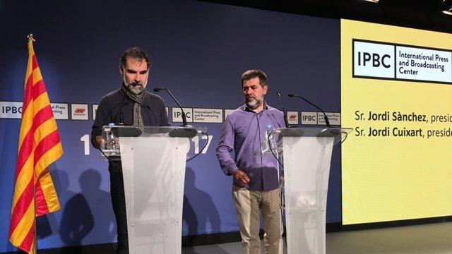 Jordi Cuixart (Òmnium) i Jordi Sànchez (ANC)