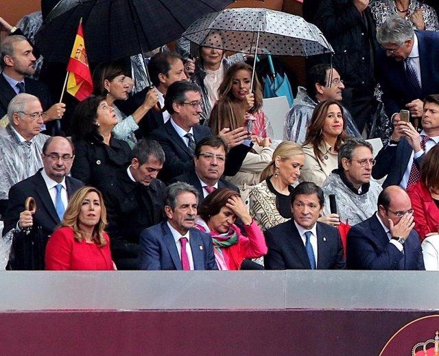 Presidentes en desfile militar