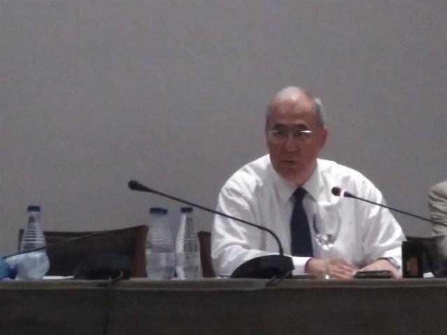 El nuevo presidente de CRUE Universidades españolas, el rector de la Universidad