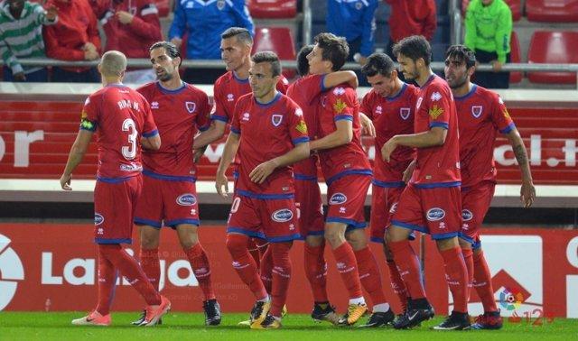 El Numancia colidera la Segunda División
