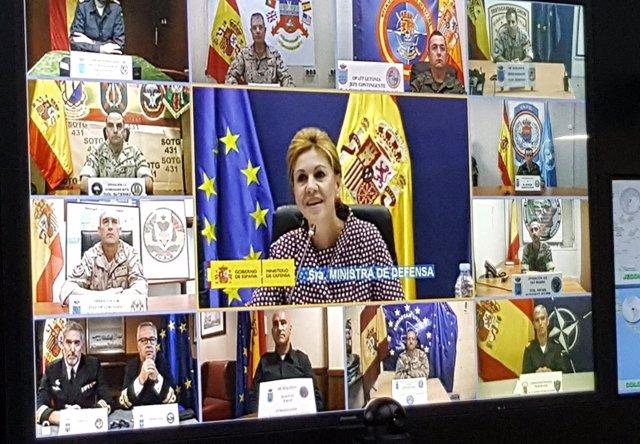 Videoconferencia de la ministra de Defensa con las tropas en el exterior