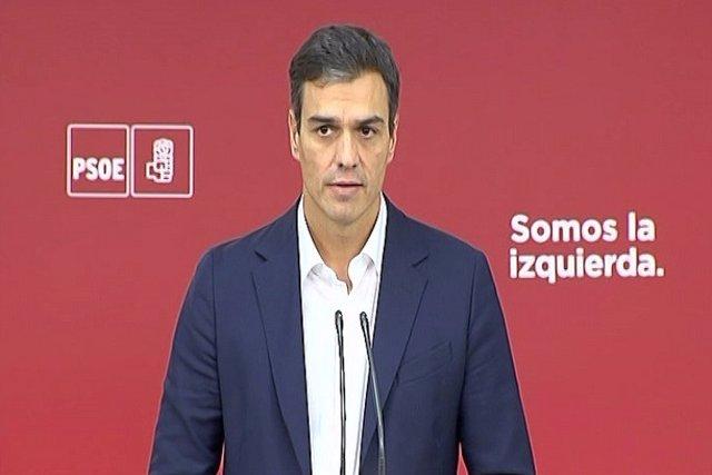 Sánchez pacta con Rajoy abrir reforma constitucional en 2018