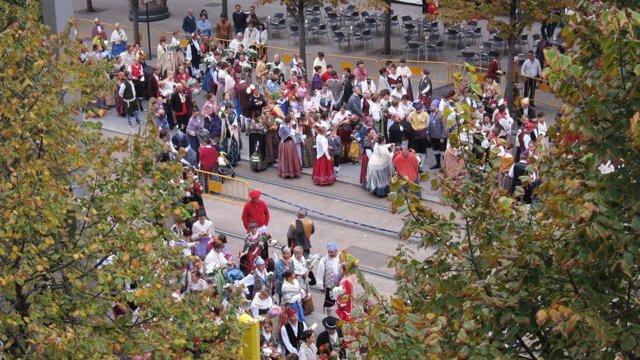 Oferentes en el Paseo de la Independencia de Zaragoza