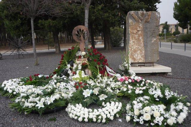 Ofrenda a la Virgen del Pilar en el Cementerio de Torrero de Zaragoza