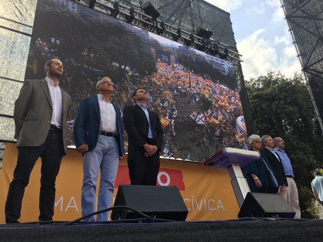 Manifestació del 12-O a Barcelona, en la Hispanitat 2017