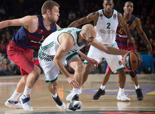 Vezenkov y Calathes en un Barcelona - Panathinaikos