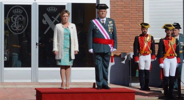 La delegada del Gobierno y el general jefe de la zona de Castilla y León