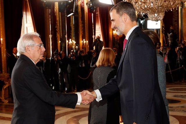 El presidente de Melilla saluda al Rey Felipe VI
