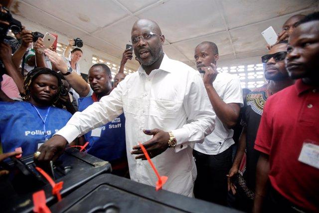 El ex futbolista George Weah en las elecciones de Liberia