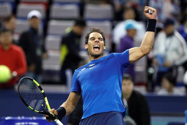 Rafa Nadal celebra su victoria en Shanghai