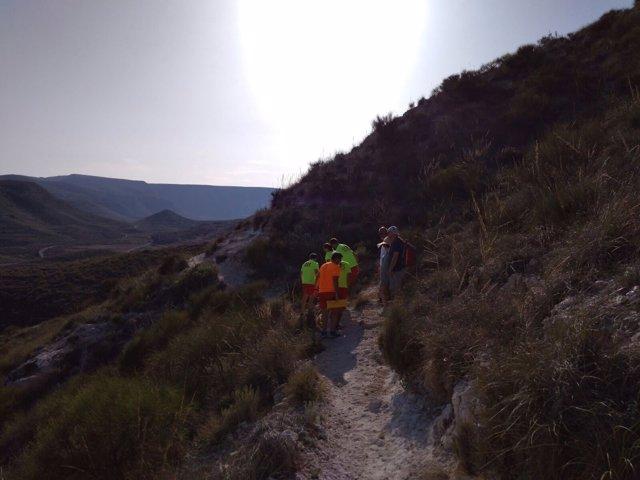 Una mujer es auxiliada tras caer haciendo senderismo en Níjar