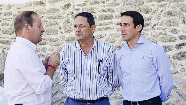 El diputado Óscar Liria ha visitado las obras de abastecimiento en Rágol.