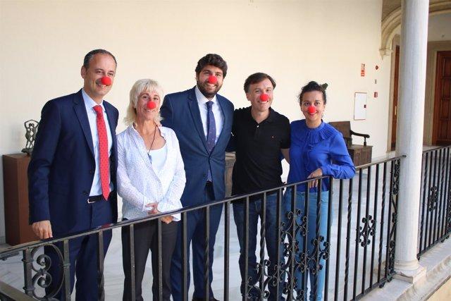 El presidente de la Comunidad, Fernando López Miras, recibe a Pupaclown