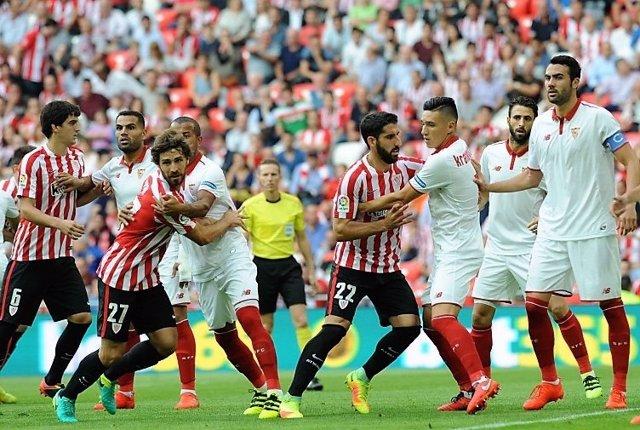 Sevilla y Athletic Club se miden en San Mamés