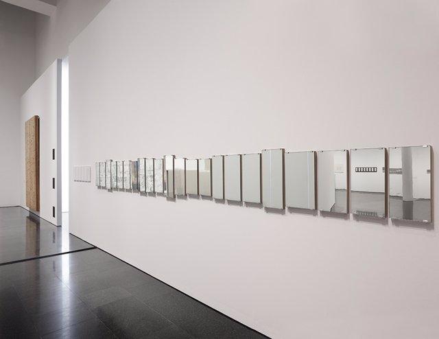 Mirror Piece, del col·lectiu Art & Language en el Macba