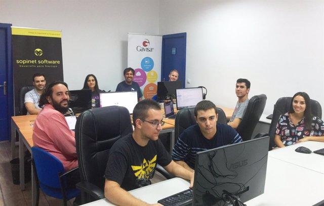 Miembros de las empresas cordobesas involucradas en el proyecto