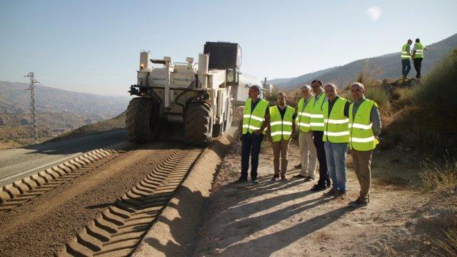 Martínez visita las obras de mejora de las vías pecuarias
