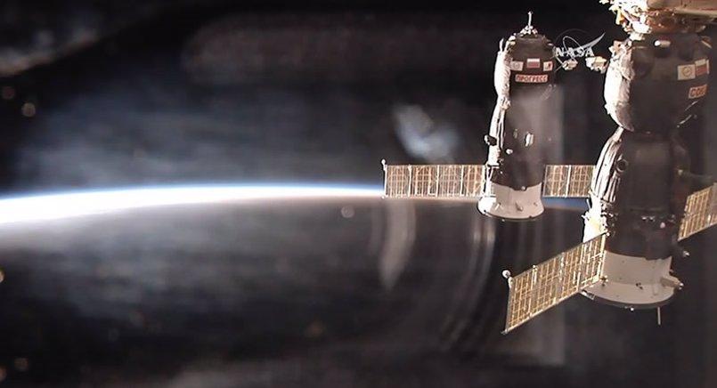 La nave de carga Progress 68 se acopla con éxito a la ISS