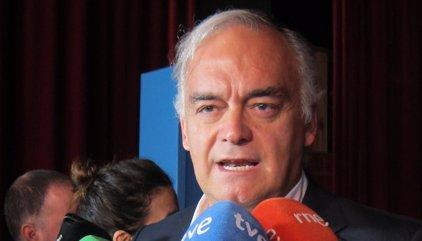 """Pons (PP) dice a los eurodiputados que el Gobierno español tiene """"pruebas"""" de apoyo de redes rusas al independentismo"""