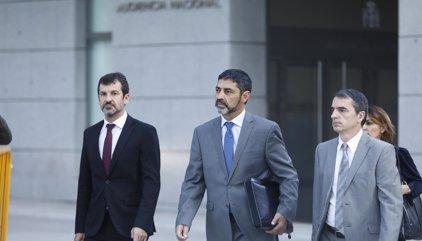 La jueza ordena libertad con medidas cautelares para Trapero: comparecencias quincenales y retirada de pasaporte