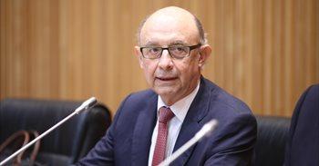Montoro avisa que Cataluña se empobrecerá y dice que no se puede hacer un Estado sin Hacienda pública