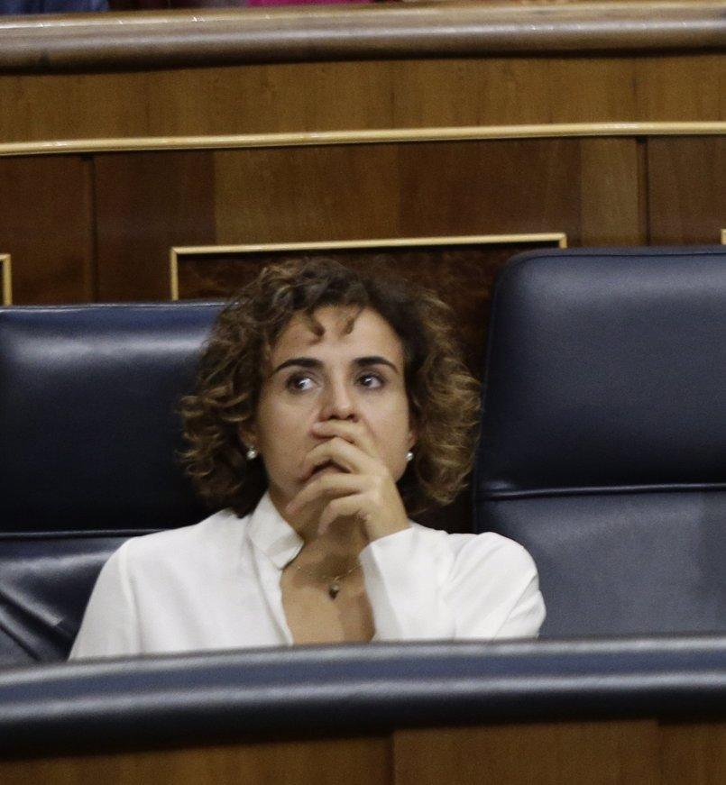"""Dolors Montserrat pide """"máximo respeto y acatamiento"""" del encarcelamiento de Sànchez y Cuixart"""