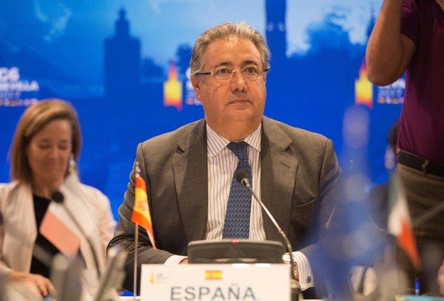 El ministro del Interior, Juan Ignacio Zoido, en rueda de prensa