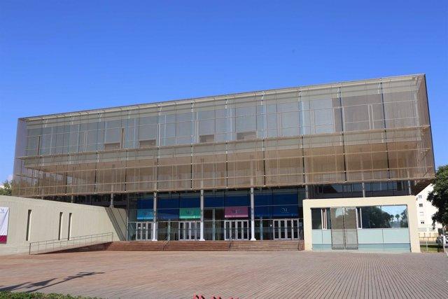 Diputación de Málaga sede edifcio inmueble paseo marítimo sostenible entrada