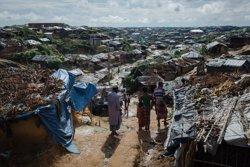 HRW diu que 288 localitats rohingyes van ser total o parcialment destruïdes en les operacions militars a Birmània (UNICEF/BROWN)