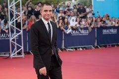 Robert Pattinson huye del décimo aniversario de 'Crepúsculo'