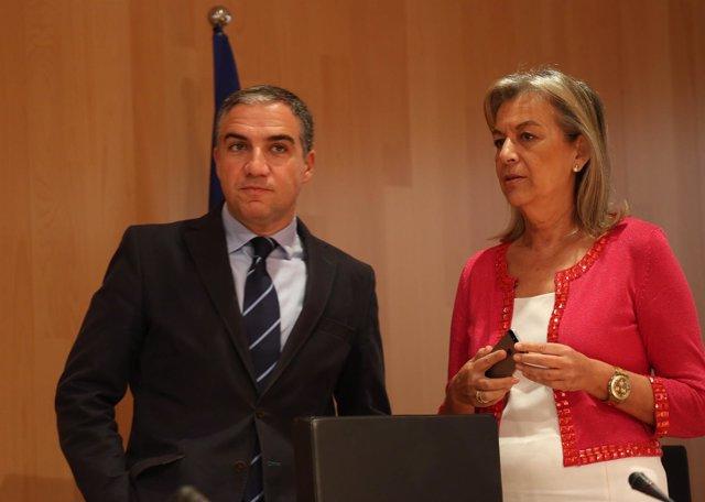 Elías Bendodo y María Francisca Caracuel pleno diiputación de málaga PP pleno