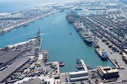 Els vaixells policials atracats a Barcelona allarguen estada fins al 2 de novembre (PORT DE BARCELONA)